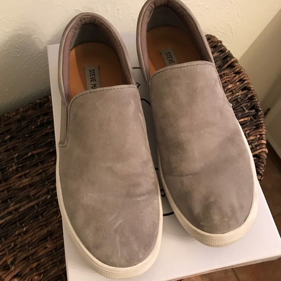 8ce7f8500e9 Steve Madden Gills Platform Slip-On Sneaker. M 5a8dc7fca44dbe2fbcf3bae7